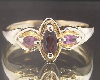 10k Yellow Gold Deep Red Garnet & Pink Sapphires Ring - Designer Stamped AAJ - Vintage Estate - Consignment