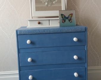 Upcycled Vintage chest of drawers with a choice of handles