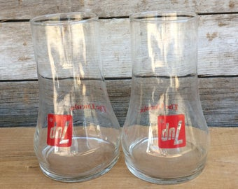 Vintage  Set of Two Upside Down 7UP The  Uncola Glasses Pint Advertising Soda Pop Fountain