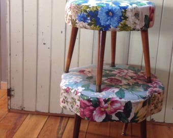 Midcentury ottoman / barkclothseat  / 50's or 60's