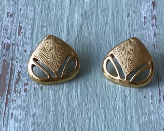 Vintage Earrings, Vintage Gold Earrings, Pierced Earrings, Gold Tone Earrings, Gold Metal Earrings, Vintage Jewelry, 1980's Earrings