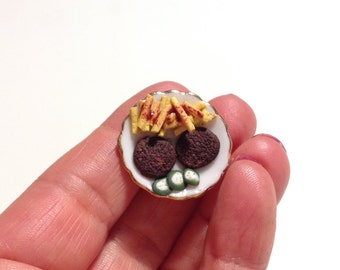 Miniature food/ miniature dinner/ miniature burger and French fries/ miniature fast food/ dollhouse food/ dollhouse burger and French fries