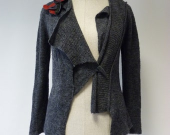 Delicate grey artsy asymmetrical cardigan, L size. Casual and formal together.