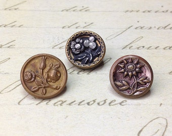 3 Small Antique Metal Floral Picture Buttons 14 mm
