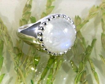 Moonstone and 925 Sterling Silver Ring  --   6150