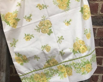 Vintage Retro yellow and green floral standard pillowcase