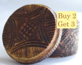 SPRING SALE - Round Wooden Box Handmade For Jewelry Geometric Lines Vintage Look