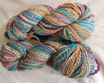 CC17/427 Handspun wool yarn