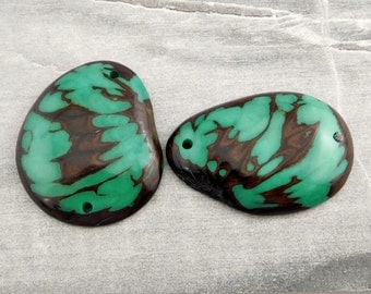 Tagua Slice with seed hull marble pattern turquoise; Qty: 2 pcs, tagua slices, jewelry supplies, handmade beads, unique pendants, pendant