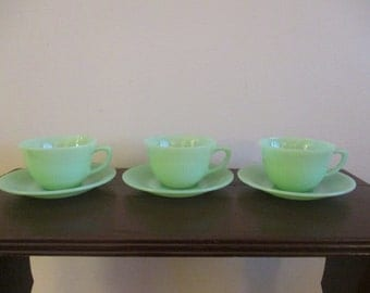Set of 3 Fire King Jadeite Jane-Ray cups and Saucers