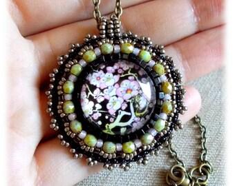 Medallion SAKURA / cherry Fleur / Japan/Japanese style embroidery.
