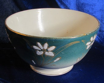 c1900 Luneville Pottery Bowl Daisies & Green