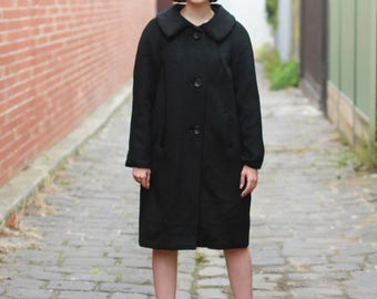 Vintage 1950s MOHAIR Coat / Black Mohair Coat / A Stanley's Creation of Melbourne / Mohair MADE in England / M