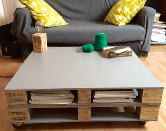 Coffee table out of recycled wood