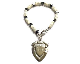 Mother of Pearl Bracelet, Gemstone Bracelet, Beaded Stacking Bracelet, Boho Stacking Bracelet, White Stacker Bracelet, 1930 Medal, UK Shop