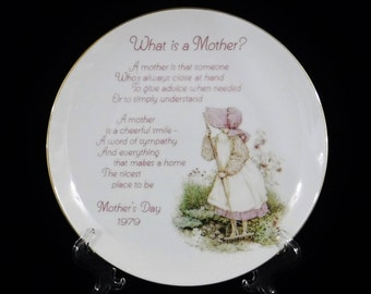 Mother's Day Decorative Plate/Display Plate/Holly Hobbie/Gift for Mom/Mother's Day Gift/Porcelain Plate/American Greetings/1979/Vintage