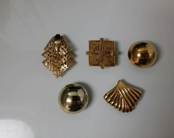Vintage Magnet Set | Midas Touch Gold Magnet Set of 5 | Upcycled Jewelry | Costume Jewelry Vintage | Fridge Magnets | Custom Magnets