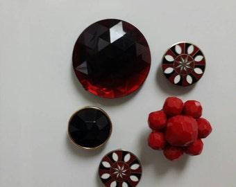 Vintage Magnet Set | 5 Red & Black Magnets | Upcycled Jewelry | Costume Jewelry Vintage | Fridge Magnets | Custom Magnets