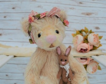 "Artist Jointed Teddy Bear - with needlefelt bunny and gift box - ""Lilly Mae"""