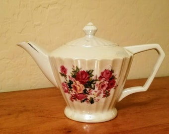 Tea Pot Lusterware Vintage Made in Japan