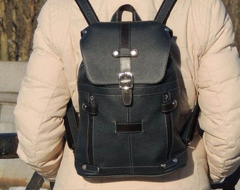 "Blue leather backpack ""Chris"""