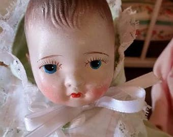 Vintage 1930/40's Tiny 8 inch Composition Doll, Painted Face, Dionne Type
