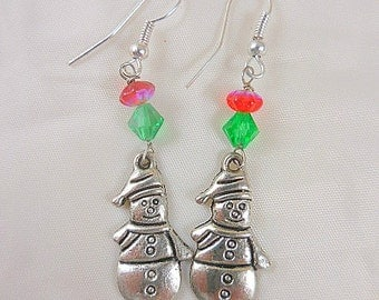 Snowman Red and Green Beaded Christmas Holiday Earrings