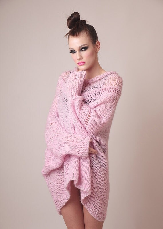 Oversized knit sweater dress baby pink soft alpaca totally