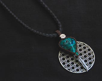 Chrysocolle Vegan Leather - Turquoise Stone - Tribal - Ethnic - Boho - Gypsy - Travel - Nativ American - Feather - Pixies - Fairy - Cosplay