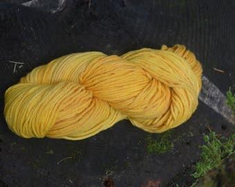 Naturaly Dyed Peruvian Highland Wool Yarn- Yellow Onion Skin