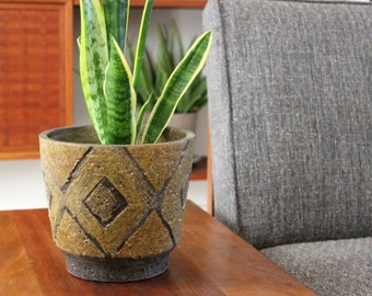 Vintage Hand Thrown Textured Clay Planter Pot with Etched Diamond Design
