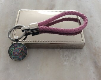 PINK/ leather key holder with pendent/PAYSLEY