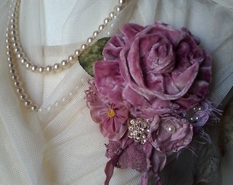victorian,shabby chic, brooch,corsage,hair accessory,velvet,flowers,silk,wedding,vintage,romantic,hand made