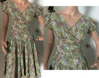 Vintage 1950s novelty print rhinestone summer dress small 217