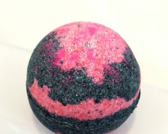 Sweet In Paris Bath Bomb - 4 oz - Bath and Body Works Type, Sweets, Bakery Scent