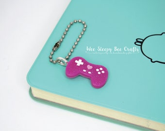 Kawaii Gamer Girl Keychain, Cute Video Game Controller Charm, Glitter Resin, Sweet Lolita Bag Tag, Resin Fairy Kei, Gamer Planner Charm