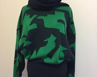 Vintage 1980 80s Mondi Unique Batwing Women's Sweater Green & Black German size 34 Small S/M Medium Geometric Design Retro