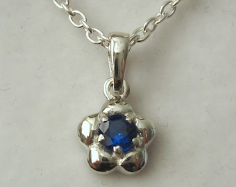 Solid 925 Sterling Silver September Birthstone Daisy Sapphire Pendant
