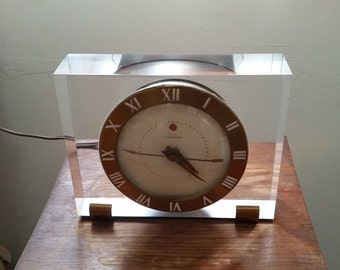 Classic 1950s Mid Century Modern TELECHRON Lucite Electric Clock-Nice!
