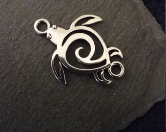 8 Turtle Connector Charms Antique Silver Tone Tribal Swirl