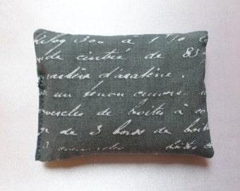 Lavender sachets - font