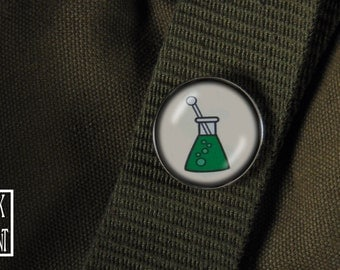 Bubbling Erlenmeyer Flask Steampunk/Scifi Chemistry Pin - Mad Scientist Collection