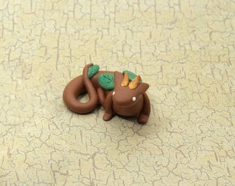 Mini Polymer Clay Tree Dragon Figurine, Small Dragon Sculpture, Mini Brown Dragon Trinket, Tiny Dragon Charm Figure, Cute Mythical Creatures