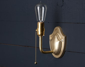 Vintage Brass Wall Sconce - Pull Chain