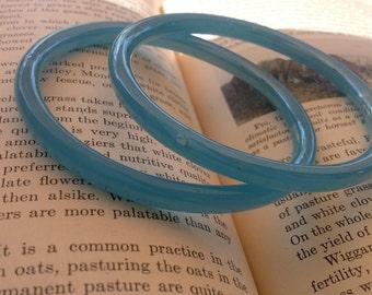 Vintage Pair of Glass Irredesenent Blue Bangle Barcelets
