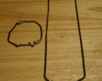 Antique Gold Bird Necklace and Bracelet Set / Jewelry Sets / Bird Jewelry / Animal Jewelry / Handmade Jewelry / Free Domestic Shipping