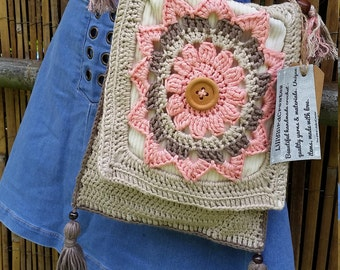 LillyBirdCreates  Boho Crochet Shoulder Bag.