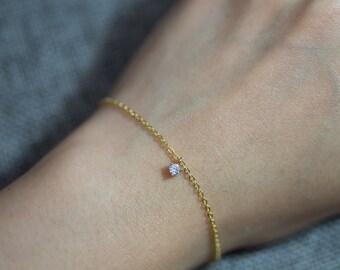 Tiny cubic zirconia dot bracelet//Gold plated//Minimalist//Simple//Dainty//Everyday//GP006