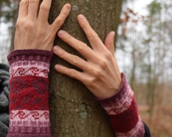 Arm warmers, wrist warmers 'Berry' fair isle, cuffs, applies warmers