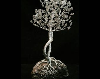 Wire Tree Handmade Bonsai Sculpture - Plume style